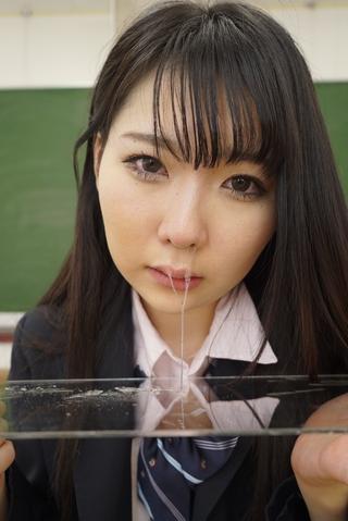 女子校生くるみちゃん「私が鼻水出すところを見て」