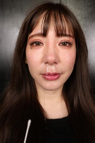 綺麗なお姉さんの鼻水は好きですか??【まるで〇液の様?!】イジればイジる程湧き出た美咲さんの鼻水