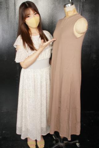 『接客は度胸とハッタリ♡』某有名ファッションビルのアクセサリー売場の販売員はマスク可愛い佐々木ひなこちゃん